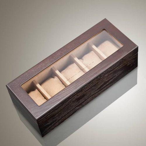 La boite à montre en bois beige