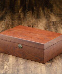 boite à montre en bois coussin marron